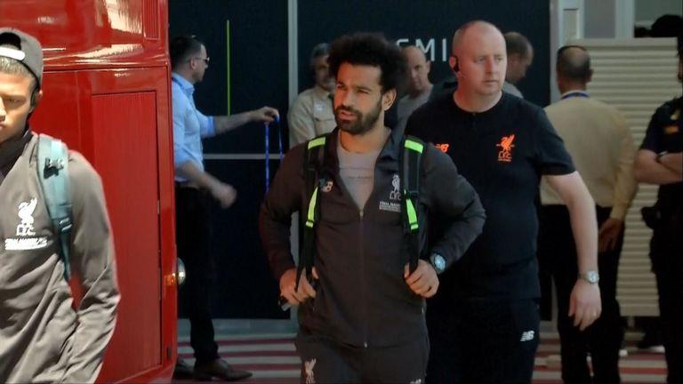 L'équipe de Liverpool, dont Mo Salah, est arrivée à Madrid avant la finale de la Ligue des champions contre Tottenham.
