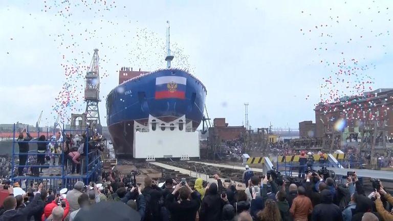 La Russie a lancé un brise-glace à propulsion nucléaire