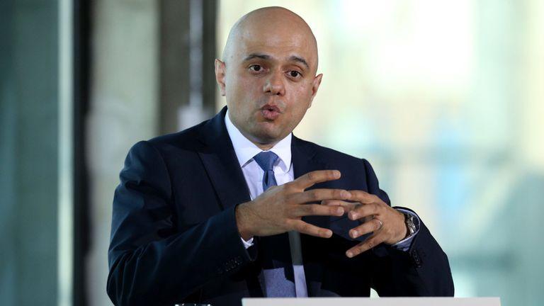 Le ministre de l'Intérieur, Sajid Javid, prononce un discours sur les crimes violents à l'espace ovale de Londres