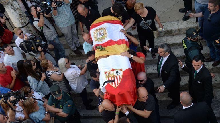 Les funérailles de Jose Antonio Reyes ont eu lieu dans sa ville natale d'Utrera