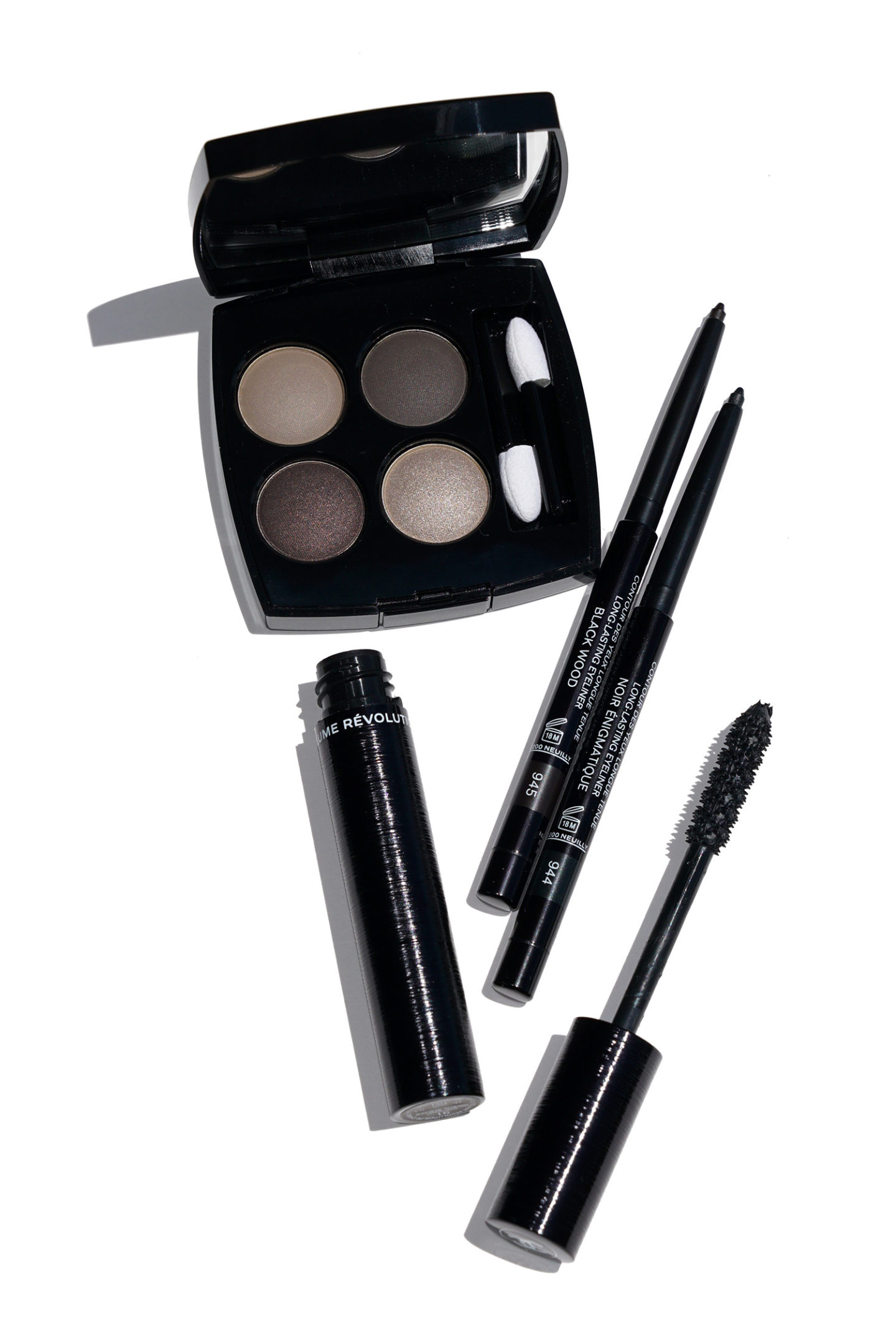 Chanel Blurry Grey, Noir Engimatique, Black Wood et Volcan Review