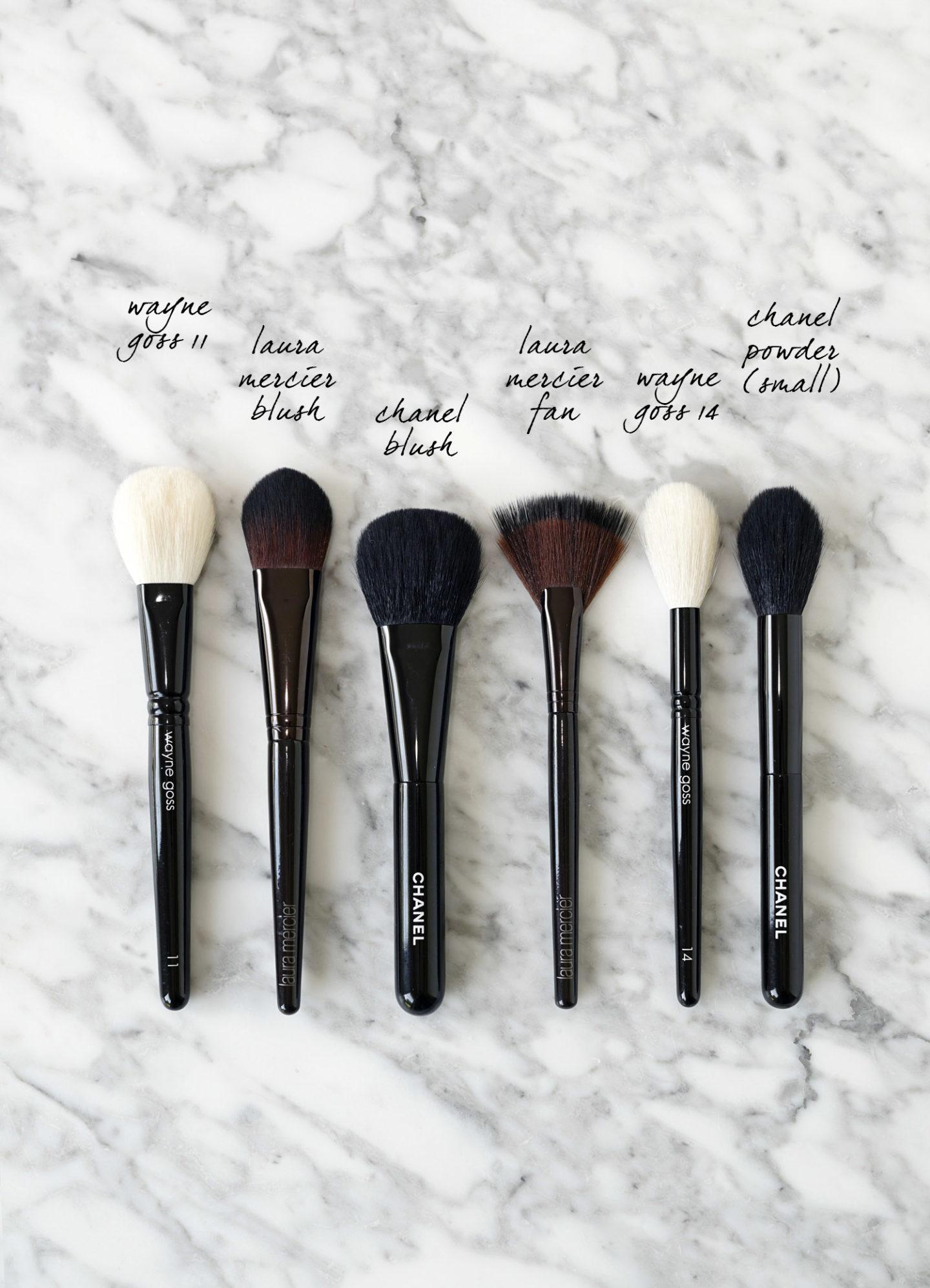 Meilleur blush et mise en évidence des pinceaux de maquillage