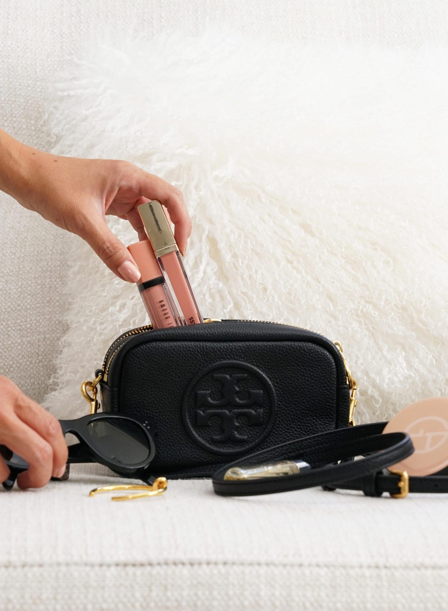 Mini sac en cuir Tory Burch Perry Bombe | Le look book beauté