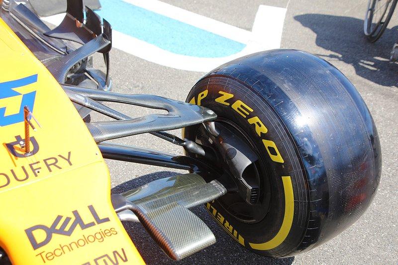 Détail avant de la voiture de Carlos Sainz Jr., McLaren MCL34
