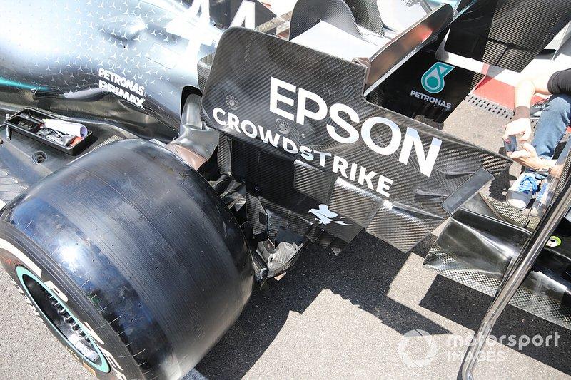Détail de larrière de la Mercedes AMG F1 W10
