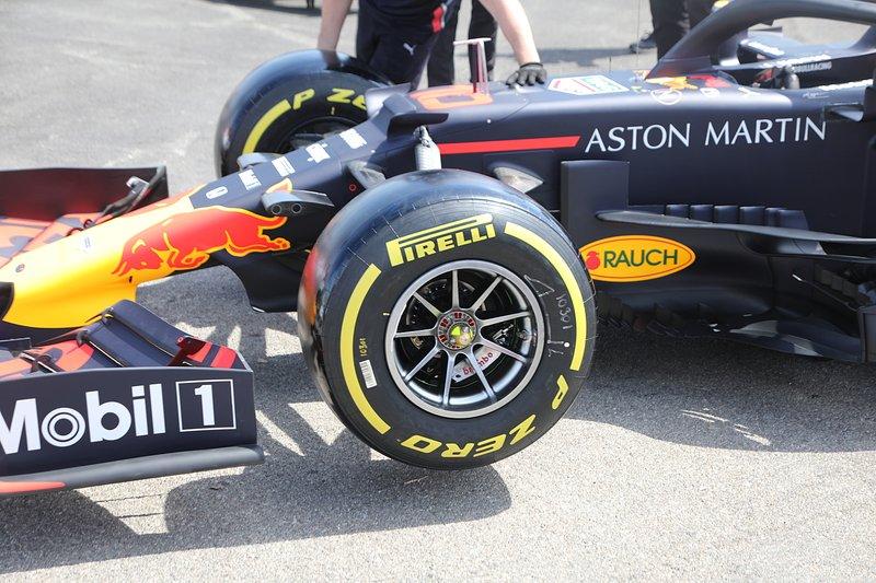 Détail avant du Red Bull Racing RB15