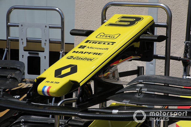 Renault R.S. 19 détail de laile avant