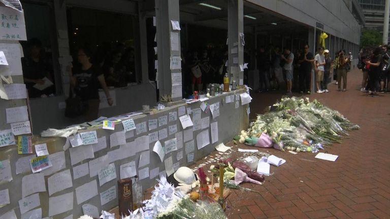 Le mémorial de l'homme décédé lors d'une manifestation