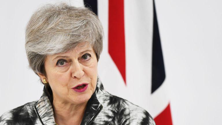 Theresa May prend la parole lors d'une conférence de presse lors du sommet du G20