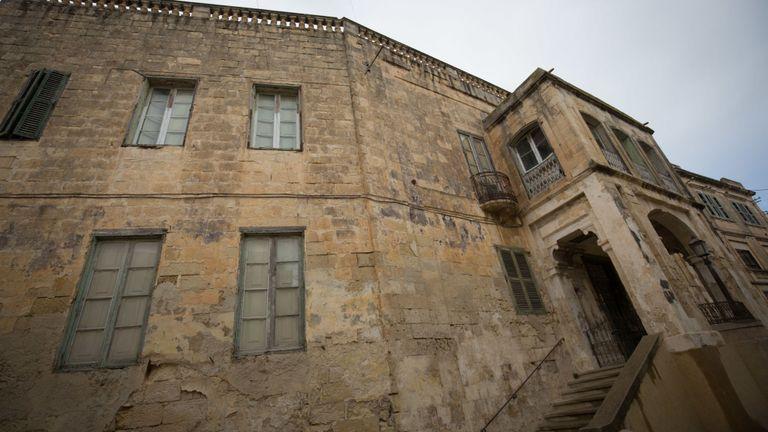 L'extérieur de la Villa Guardamangia est vu le 26 novembre 2015 à La Valette, à Malte