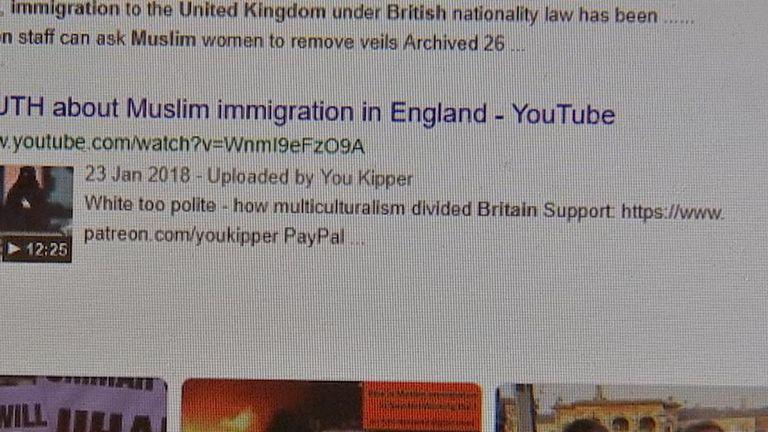 """Une recherche sur """"l'immigration musulmane en Grande-Bretagne"""" le 25 avril a montré quatre vidéos"""