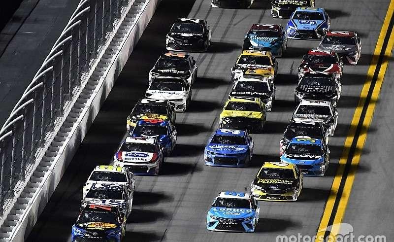 Calendrier Nascar.Calendrier Du Week End De Course Nascar A Daytona En Juillet