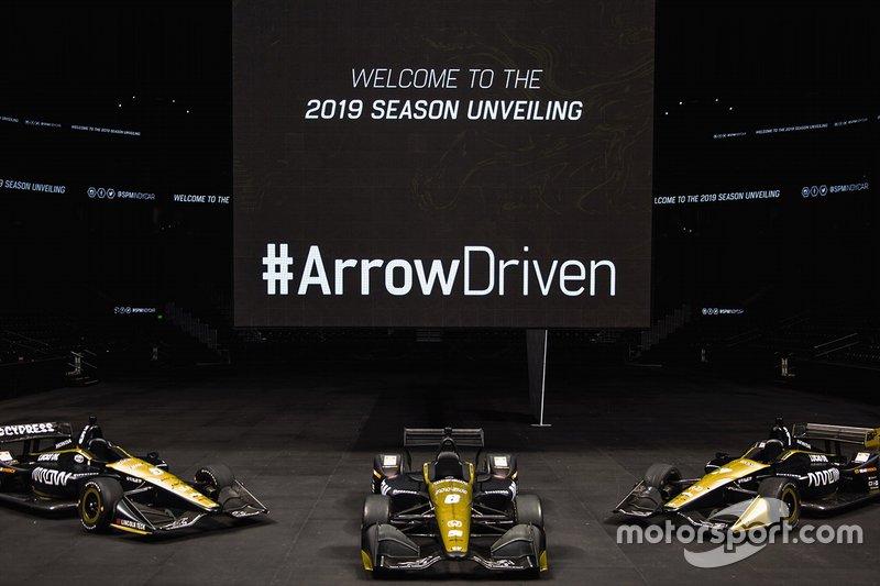 Les Arrow Arrow Schmidt Peterson Motorsports Hondas de James Hinchcliffe, Robert Wickens et Marcus Ericsson.