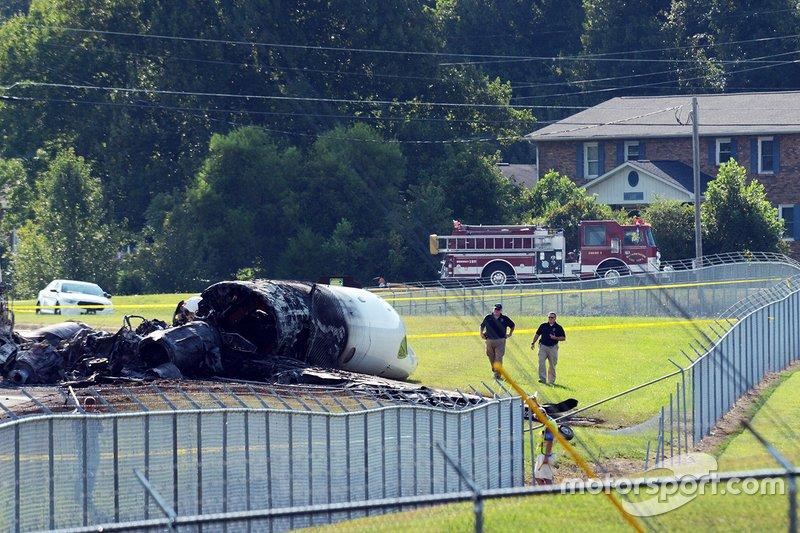 Épave dun accident davion de Dale Earnhardt Jr.