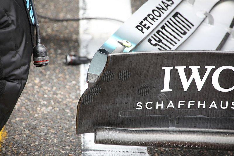 Détail de laileron avant de la Mercedes AMG F1 W10