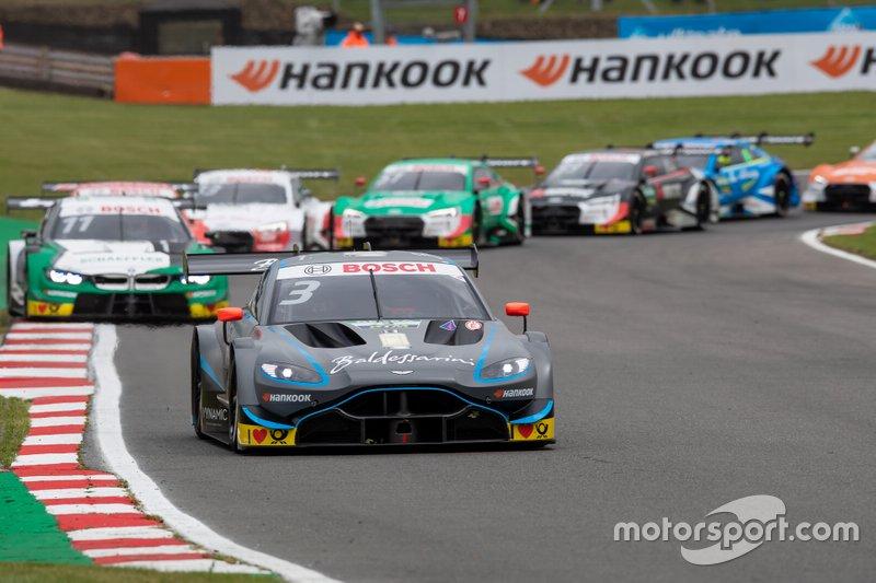 Paul Di Resta, R-Motorsport, Aston Martin Vantage AMR en tête