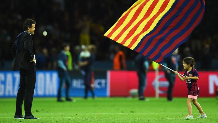 Berlin, Allemagne - 06 juin: Luis Enrique, directeur de Barcelone, et sa fille Xana célèbrent leur victoire après la finale de l'UEFA Champions League entre la Juventus et le FC Barcelone à l'Olympiastadion le 6 juin 2015 à Berlin, en Allemagne. (Photo par Laurence Griffiths / Getty Images)