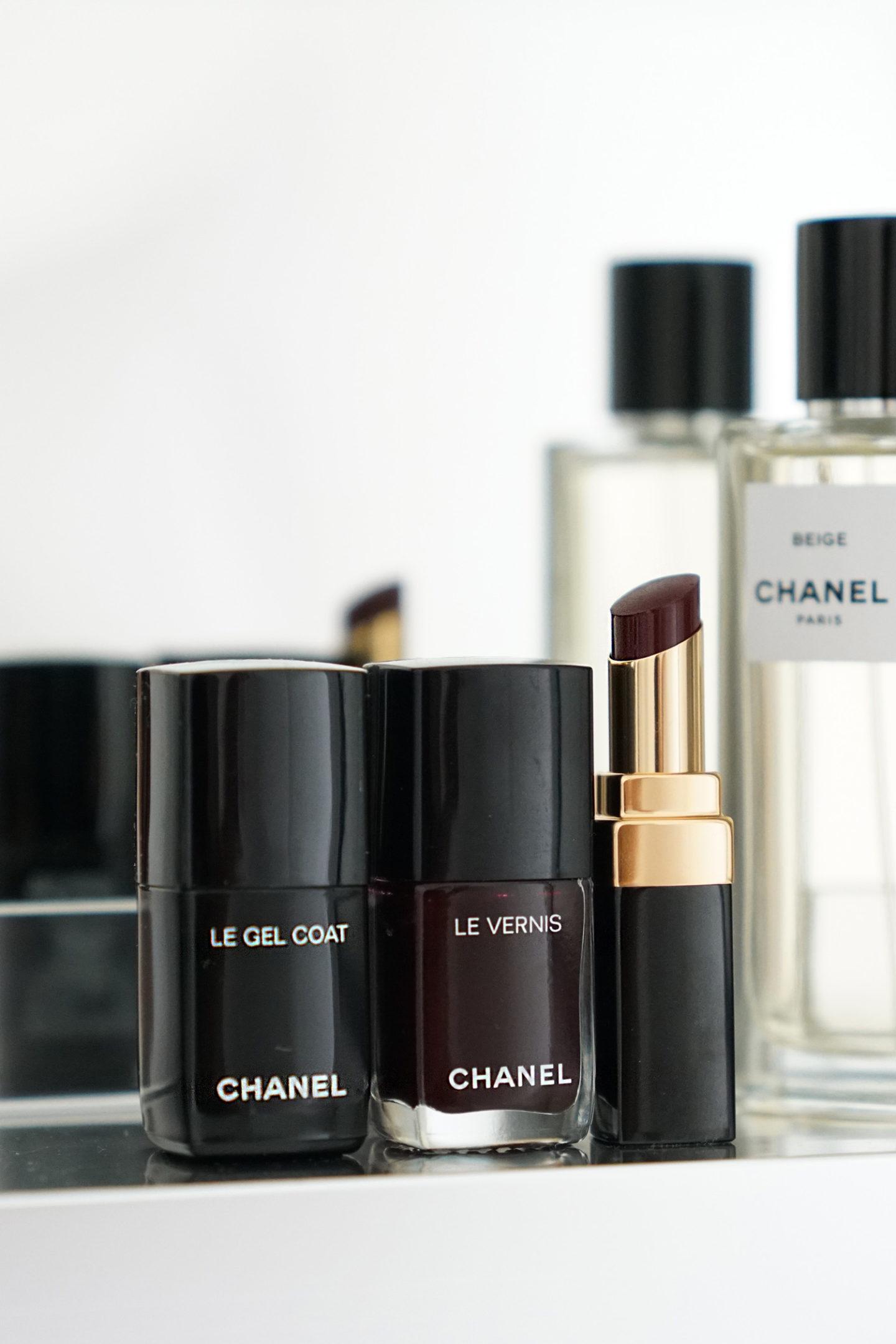 Chanel Le Vernis dans Rouge Noir et Rouge Coco Flash Noir Moderne