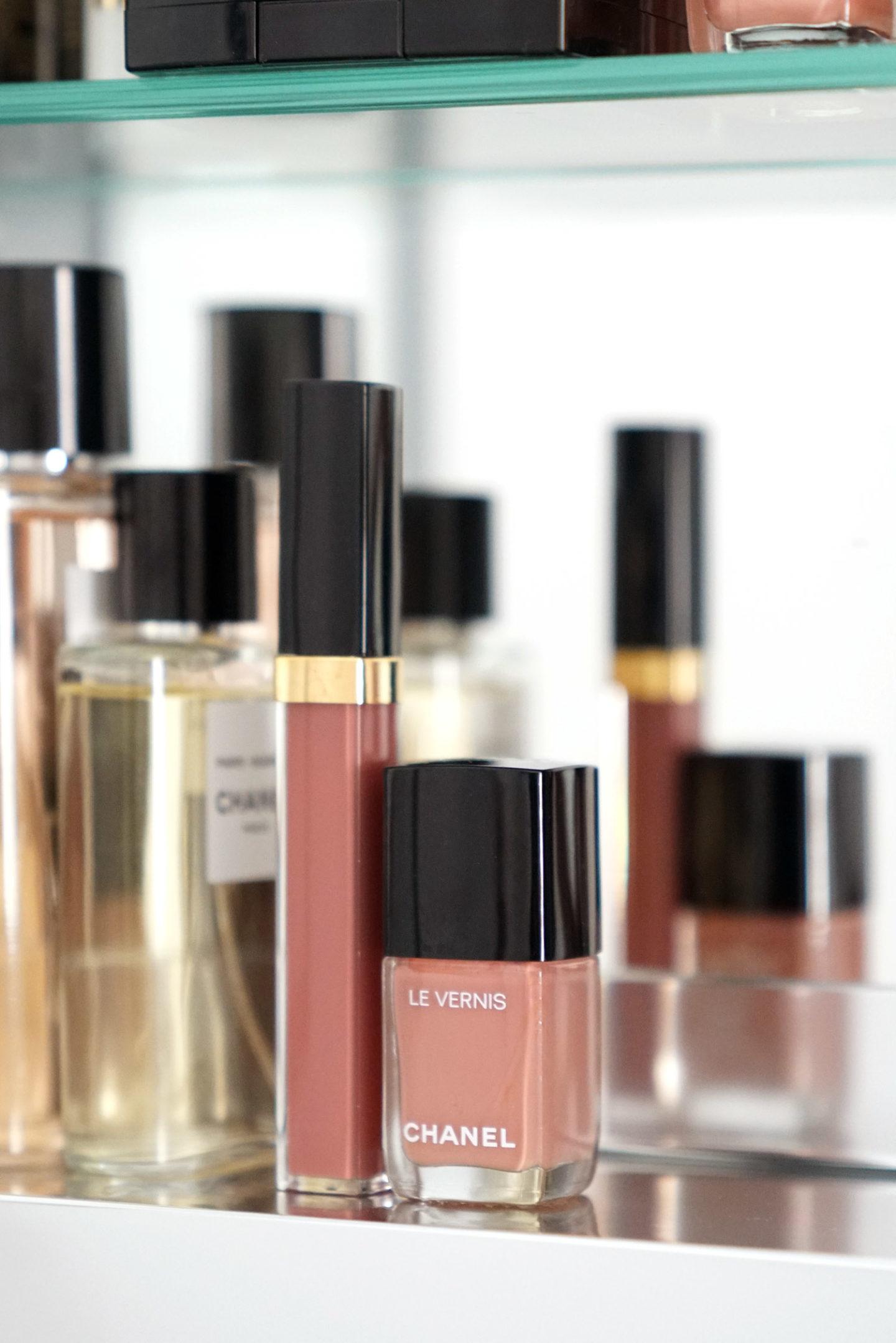 Chanel Le Vernis Mauve Blanchi
