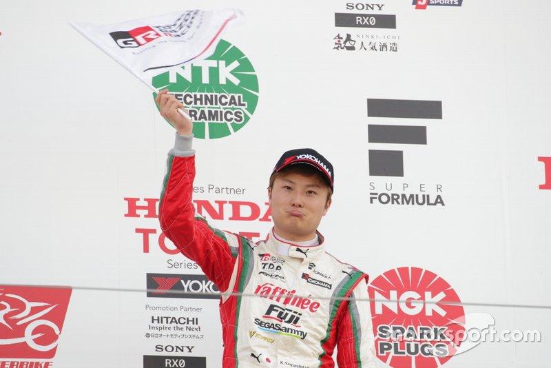 Podium: troisième place Kenta Yamashita, Kondo Racing