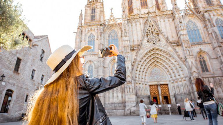 Barcelone est visitée par des millions de touristes chaque année