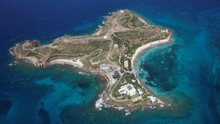 L'île Little St. James, l'une des propriétés du financier Jeffrey Epstein, est vue dans une vue aérienne près de Charlotte Amalie, St. Thomas, Îles Vierges des États-Unis le 21 juillet 2019