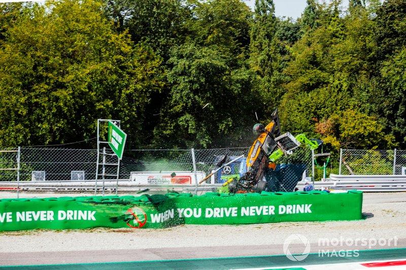 Alexander Peroni, Campos Racing, se bloque
