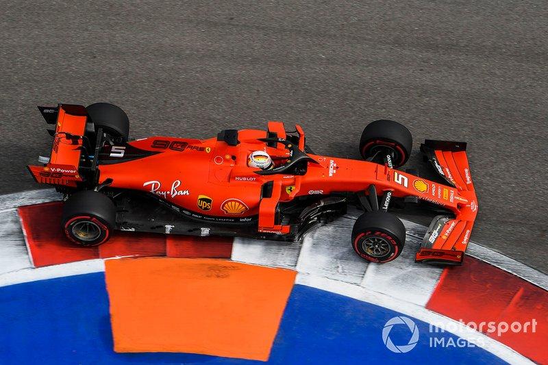 3: Sebastian Vettel, Ferrari SF90, 132.053