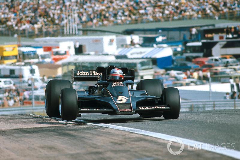 34: Mario Andretti, 22 ans