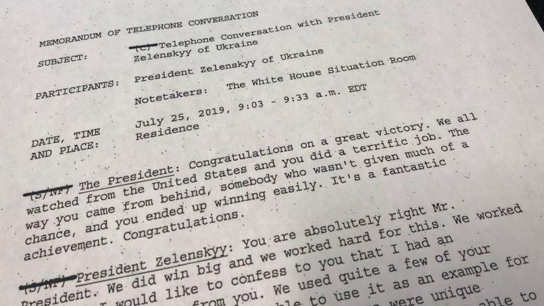 La première page d'un mémorandum de la Maison Blanche décrivant l'appel du président Trump avec le président ukrainien Volodymyr Zelenskiy