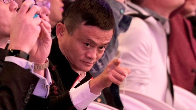 Le co-fondateur et président exécutif du groupe Alibaba, Jack Ma, a pris la parole au cours des 11.11 célibataires du groupe Alibaba & Festival mondial du shopping à Shanghai, Chine, le 11 novembre 2018.