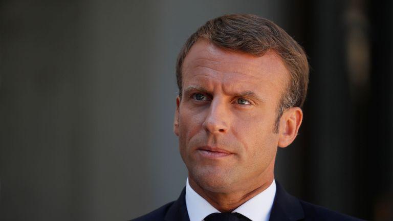 Le président français Emmanuel Macron fait une déclaration conjointe avec le Premier ministre britannique Boris Johnson (non visible) avant une réunion sur le Brexit à l'Elysée à Paris, le 22 août 2019. REUTERS / Gonzalo Fuentes