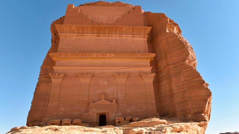 La tombe de Qasr al-Farid (le château solitaire) à Madain Saleh, un site du patrimoine mondial de l'UNESCO