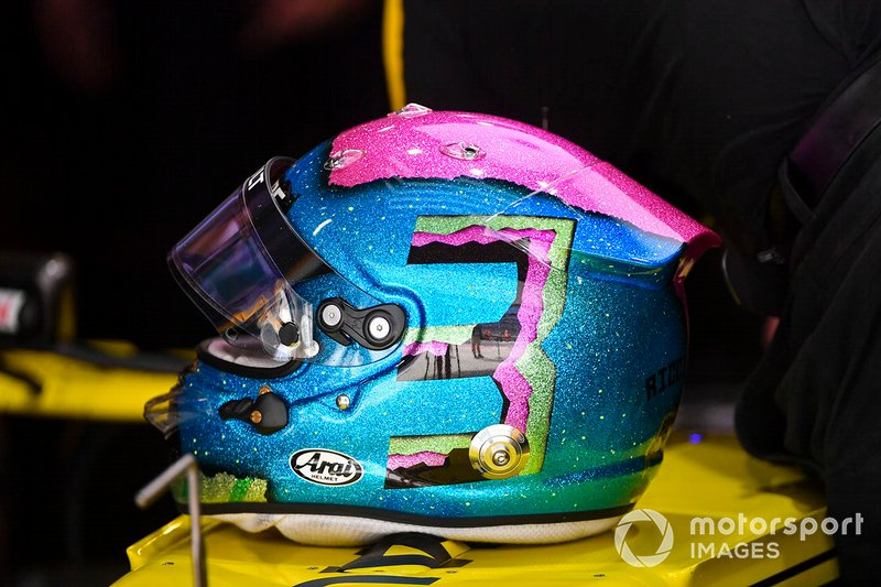Le casque de Daniel Ricciardo, Renault F1 Team R.S.19