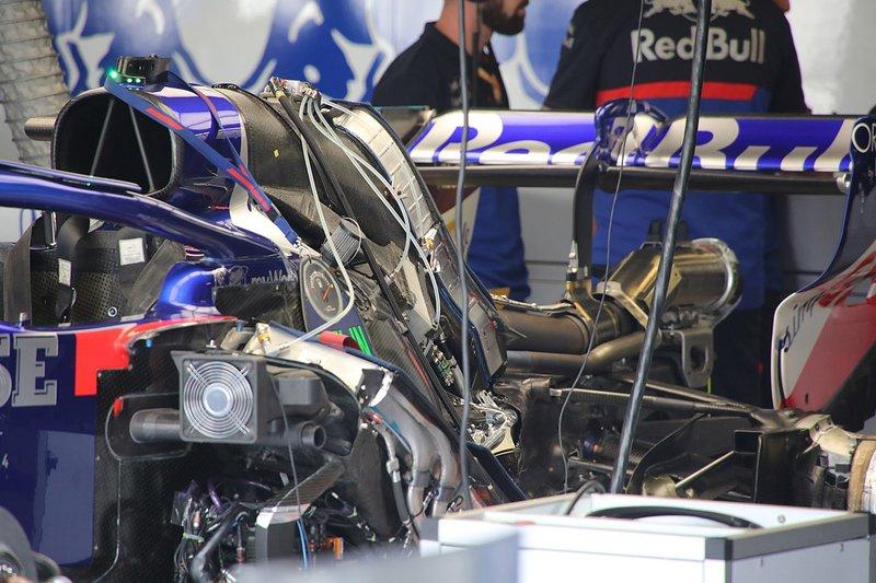 Toro Rosso STR14 détail arrière