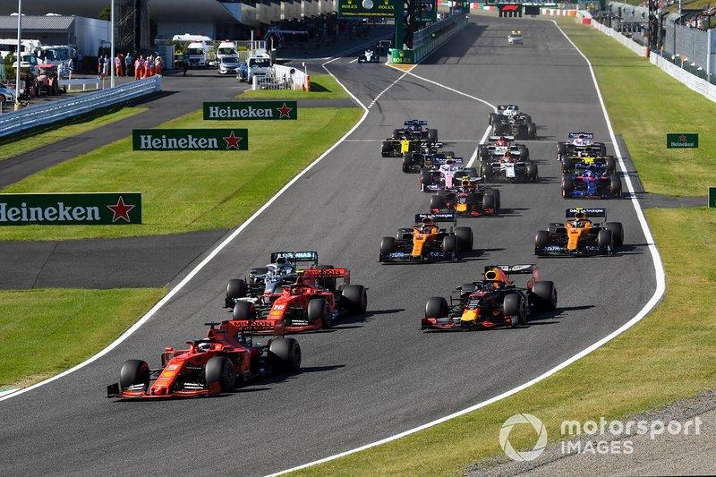 Sebastian Vettel, Ferrari SF90, mène la poursuite de Bottas