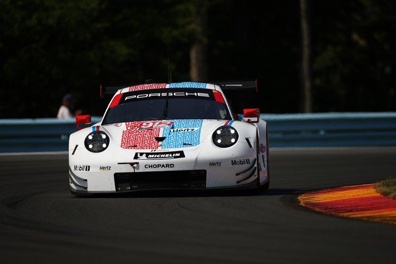 Porsche 911 RSR, GTLM # 912 Porsche GT: Laurens Vanthoor, Earl Bamber