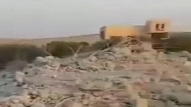 La télévision d'Etat irakienne a diffusé dimanche 27 octobre des images d'un raid américain en Syrie qui aurait tué le dirigeant de l'Etat islamique, Abu Bakr al Baghdadi.