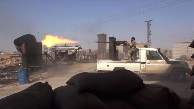 Les combats entre Kurdes et milices soutenues par la Turquie s'intensifient dans le nord-est de la Syrie