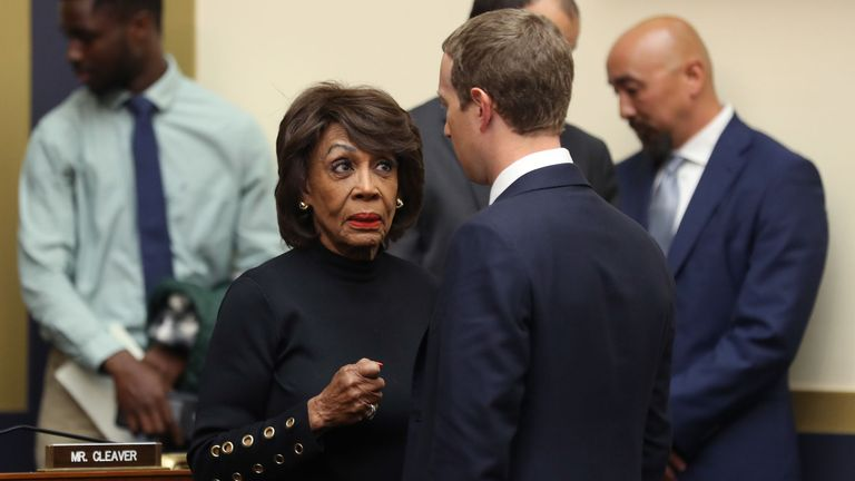 Maxine Waters et Mark Zuckerberg