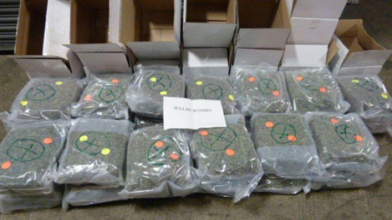 Le cannabis a été passé en contrebande en deux envois