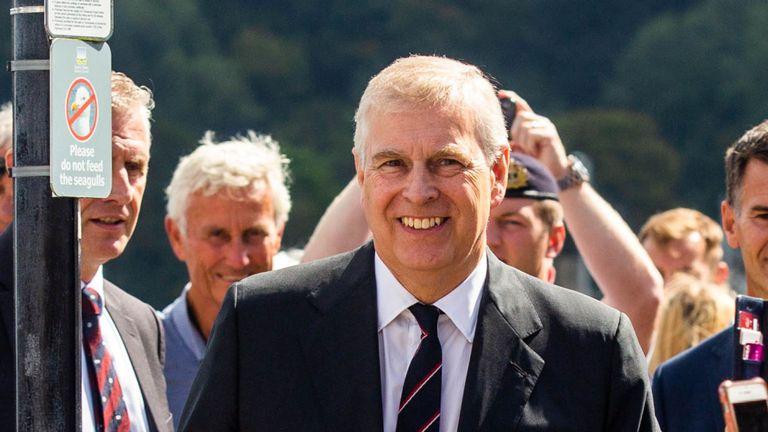 Le prince Andrew est un mécène de la régate royale du port de Dartmouth. Pic: SWNS