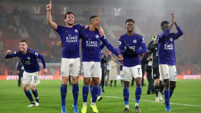 Leicester a célébré une victoire historique de 9-0 contre Southampton