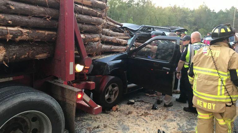 Le chauffeur s'était penché pour ramasser quelque chose qu'il avait laissé tomber. Pic: incendie du comté de Whitfield
