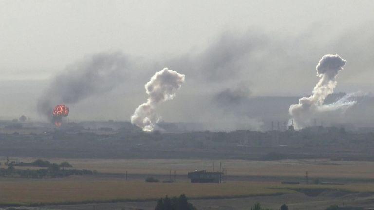 Les forces urcs intensifient le bombardement autour de la ville syrienne de Ras Al Ain