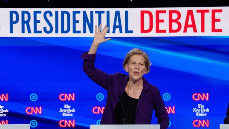 La candidate démocrate à la présidence, la sénatrice Elizabeth Warren, s'exprimera mardi lors du quatrième débat présidentiel démocratique