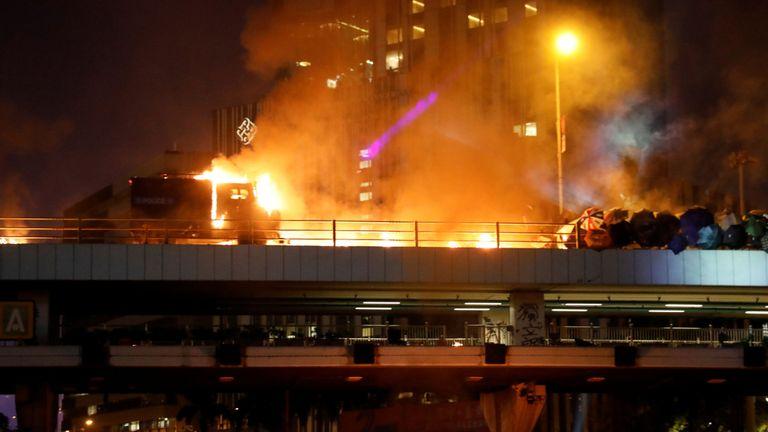Affrontements près de l'Université polytechnique de Hong Kong