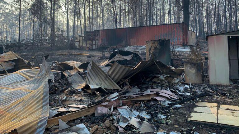Plus de 300 maisons dans l'état ont été détruites