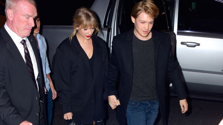 Taylor Swift et son petit ami Joe Alwyn à New York samedi