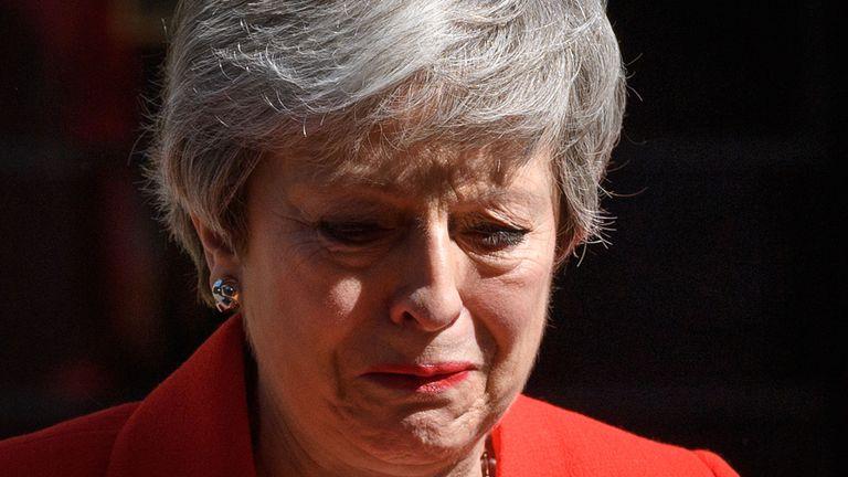 Theresa May annonce sa démission en dehors du n ° 10